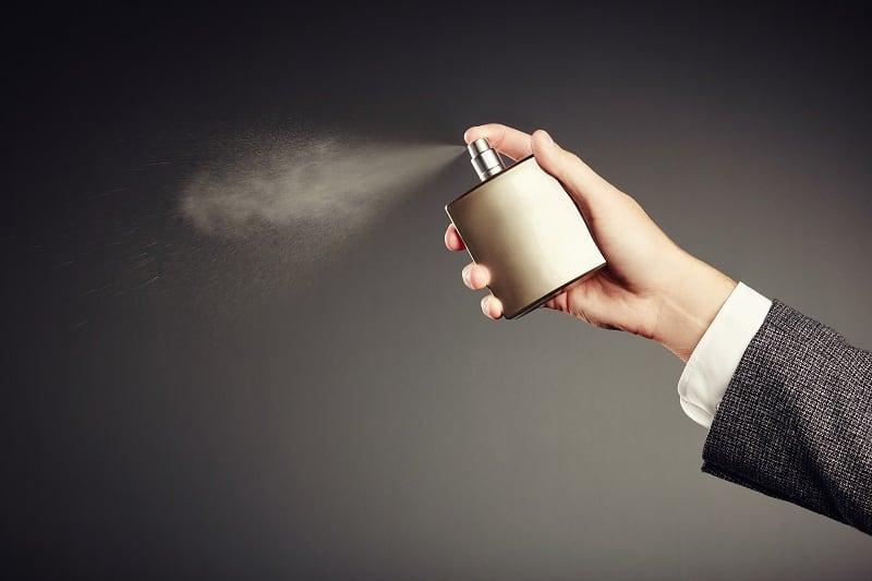 Najlepsze perfumy męskie na lato. Sprawdź jaki zapach wybrać!