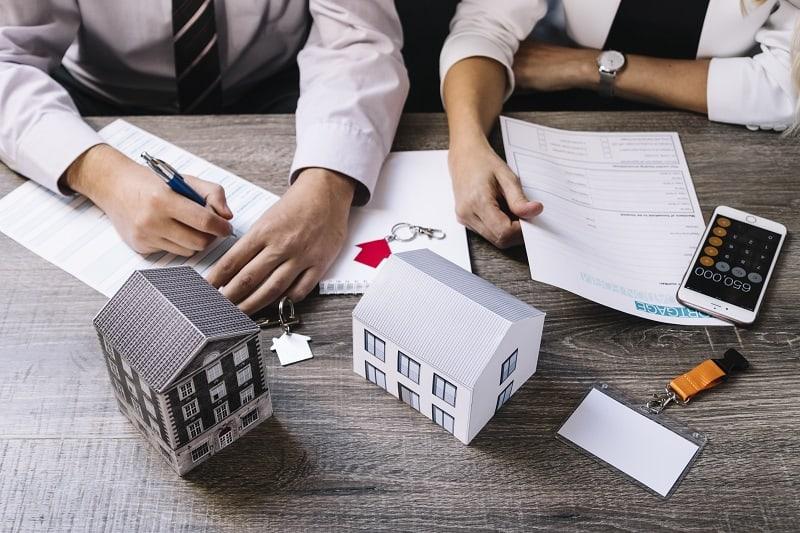Dokumenty do kredytu hipotecznego – co można pobrać, załatwić przez internet?